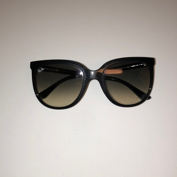 Ray-Ban Accessories | Authentic Large Frame Cats Ray Ban Sunglasses ...